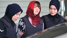 Bị từ chối trả tự do, Đoàn Thị Hương rơi nước mắt rời phiên tòa xét xử