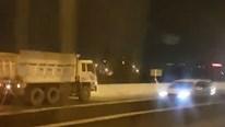 Tước bằng lái 5 tháng tài xế xe ben ngược chiều trên cao tốc Long Thành