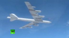 Chiến đâu cơ Nga xuất kích xua đuổi pháo đài bay B-52 của  Mỹ