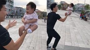 Quốc Nghiệp nâng con gái 3 tháng tuổi bằng một tay gây sốt