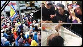 Nghìn người vây kín chùa, Hồng Vân khóc nghẹn hóa trang cho Anh Vũ