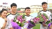 Quang Hải, Văn Hậu, Đình Trọng đón sinh nhật sớm bên đồng đội