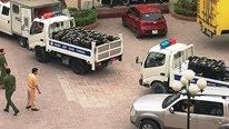 Nghệ An: Cả đoàn xe cảnh sát giao thông chở tang vật gần tấn ma túy