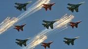 Mãn nhãn với màn trình diễn choáng ngợp của dàn máy bay Nga