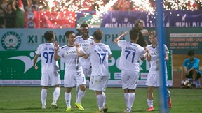 Giúp HAGL thắng đậm Viettel, Văn Toàn vẫn dành lời ca ngợi cho Văn Thanh