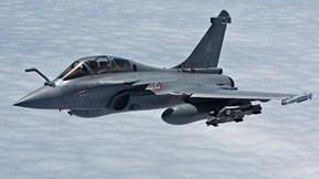 7 chiến đấu cơ Pháp hạ cánh khẩn cấp xuống Indonesia