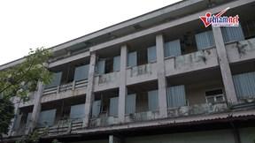 Dự án bệnh viện 1000 giường ở Mê Linh hoang tàn, cỏ mọc um tùm