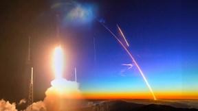 SpaceX phóng thành công 60 vệ tinh phủ sóng Internet từ vũ trụ