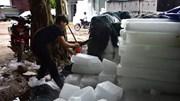 Kiếm tiền tỷ mỗi tháng nhờ sản xuất đá lạnh mùa vải thiều