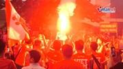 CĐV đốt pháo sáng ngập cổng sân Việt Trì, cổ vũ U23 Việt Nam đấu Myanmar