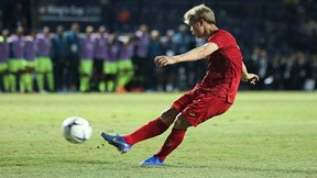 Loạt sút luân lưu may rủi khiến tuyển Việt Nam về nhì tại King's Cup