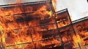 Khoảnh khắc cháy dữ dội tại chung cư ở London