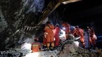 Toàn cảnh động đất kép ở Tứ Xuyên, hơn 100 người thương vong