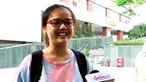 Thí sinh rạng rỡ, tự tin đỗ đại học sau ngày thi THPT Quốc gia đầu tiên