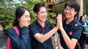 Thí sinh rạng rỡ kết thúc kì thi THPT Quốc gia, tự tin đỗ đại học