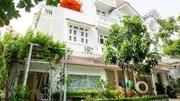 'Đột nhập' biệt thự của Vy Oanh và chồng đại gia ở TP.HCM