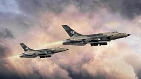 Chiến cơ thần tốc 'Thần sấm' từng 'gãy cánh' trên bầu trời Việt Nam