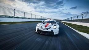 Siêu xe đua Porsche 911 RSR 2020 trình làng đầy ấn tượng