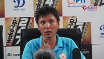 Trọng Đại bị chê đá rườm rà; HLV Khánh Hòa phát biểu ẩn ý