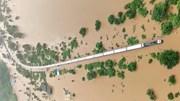 Ấn Độ: Giải cứu 1000 hành khách trên đoàn tàu bị mắc kẹt giữa biển nước