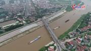 Hà Nội: Cầu Đuống nham nhở 'ổ gà, sống lươn', mặt đường trơ lõi sắt