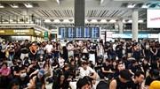 Hong Kong: Đường phố vắng tanh, sân bay hỗn loạn