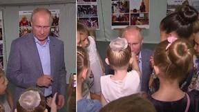 'Tan chảy' trước hành động lịch lãm của TT Putin trước cô gái nhỏ