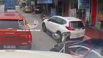 Xin vượt đúng điểm mù xe tải, tài xế nhận trái đắng