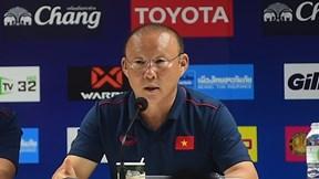 HLV Park Hang Seo: 'Trận đấu ngày mai sẽ khó khăn với người Thái'
