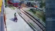 Nam thanh niên vượt đường sắt, bị tàu hỏa đâm tử vong