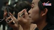 Hoài Linh tự trang điểm, Thu Minh bay gấp về tham dự liveshow của Quang Hà
