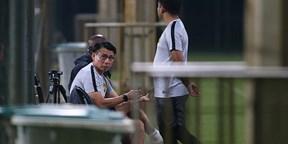 Tuyển Malaysia tập như chơi, né truyền thông Việt Nam