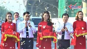 Phó Thủ tướng Trịnh Đình Dũng cắt băng thông xe đường Vành đai 3