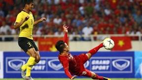 Quang Hải ghi tuyệt phẩm, tuyển Việt Nam dẫn 1-0