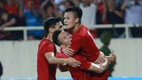 Quang Hải hạ gục Malaysia, đội tuyển Việt Nam leo lên nhì bảng