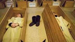 Hàn Quốc: Cung cấp dịch vụ trải nghiệm 'cận tử' để giảm tỷ lệ tự vẫn
