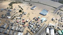 Rác thải nhiễm xạ ở Fukushima bị siêu bão cuốn trôi không rõ tung tích