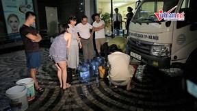 Dân Hà Nội quay cuồng trong cơn 'khát nước'
