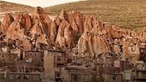 Trải nghiệm cuộc sống trong hang đá cổ như Tôn Ngộ Không ở Iran