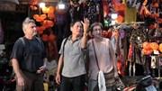 Khách Tây đến phố Halloween Hà Nội: 'Tôi thấy như đang ở nhà'