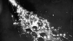 Sự cố mất điện lớn nhất lịch sử nước Mỹ, 50 triệu người sống trong bóng tối