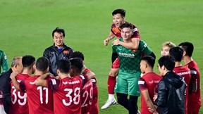 Cầu thủ CLB Hà Nội về hội quân, thầy Park yên tâm luyện bài đấu Thái, UAE