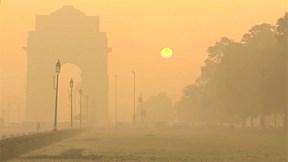 Chỉ số bụi mịn gần 1000, New Delhi cấm xe, tuyên chiến với ô nhiễm