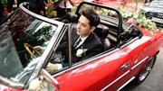 Ông Cao Thắng tự lái xe tới nhà Đông Nhi rước dâu