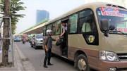 Xe khách chạy 'rùa bò', dừng đỗ 'làm loạn' đường Phạm Hùng
