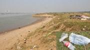 Bãi bồi thơ mộng ven sông Hồng biến thành bãi rác khổng lồ