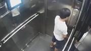 Người đàn ông thản nhiên đi vệ sinh trong thang máy chung cư