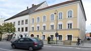 Ngôi nhà nơi Hitler chào đời được cải tạo thành đồn cảnh sát