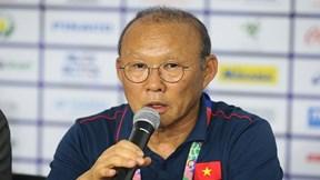 Quang Hải nguy cơ phải nghỉ đấu trận đại chiến Thái Lan