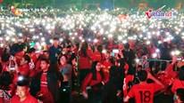 Hà Nội đốt pháo hoa ăn mừng HCV SEA Games, náo nhiệt như đêm 30 Tết